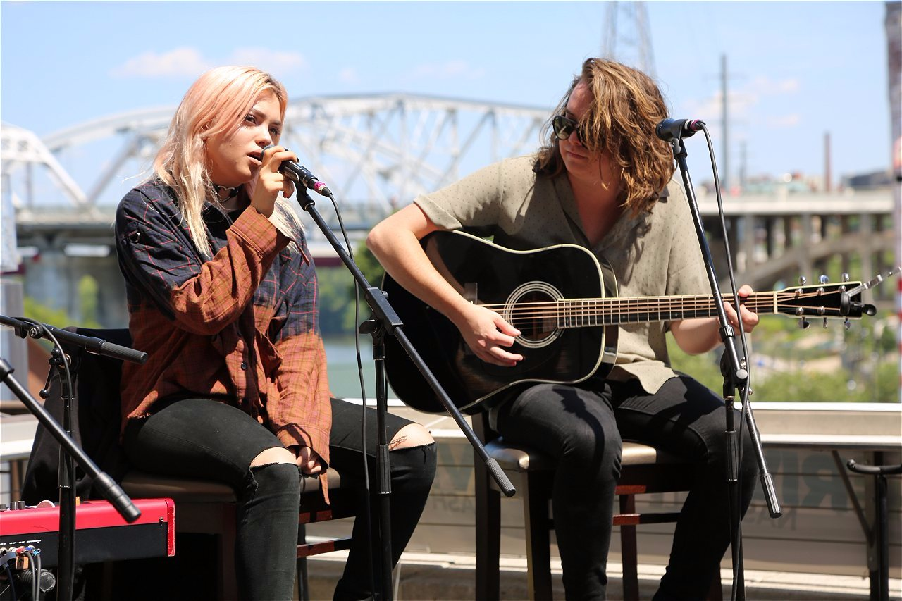 Riverontherooftop with hey violet and james arthur web girl 1075 riverontherooftop with hey violet and james arthur m4hsunfo