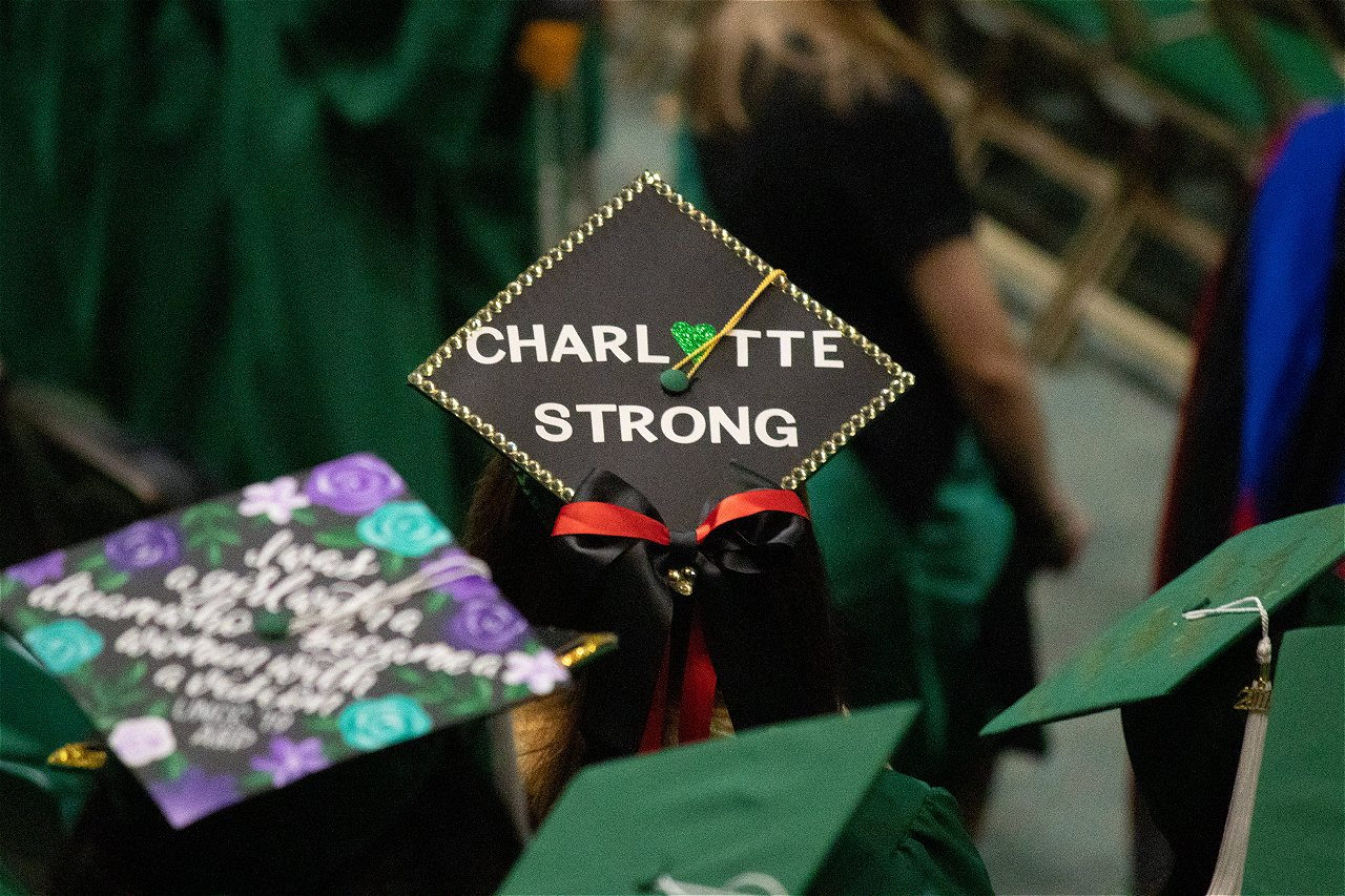 Uncc Graduation 2020.Survivor Walks Slain Students Honored At Uncc Graduation