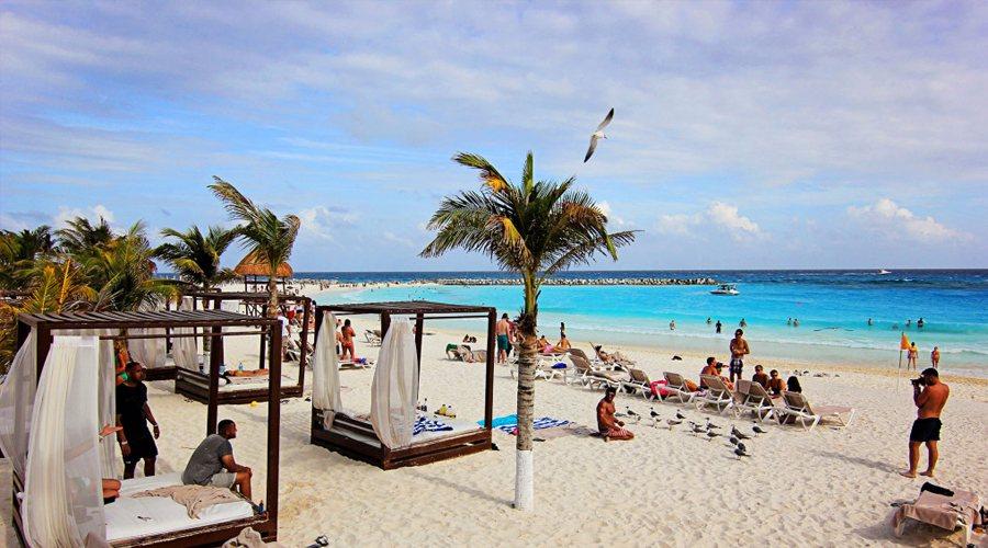 Krystal Cancun Resort 30 C Mexico