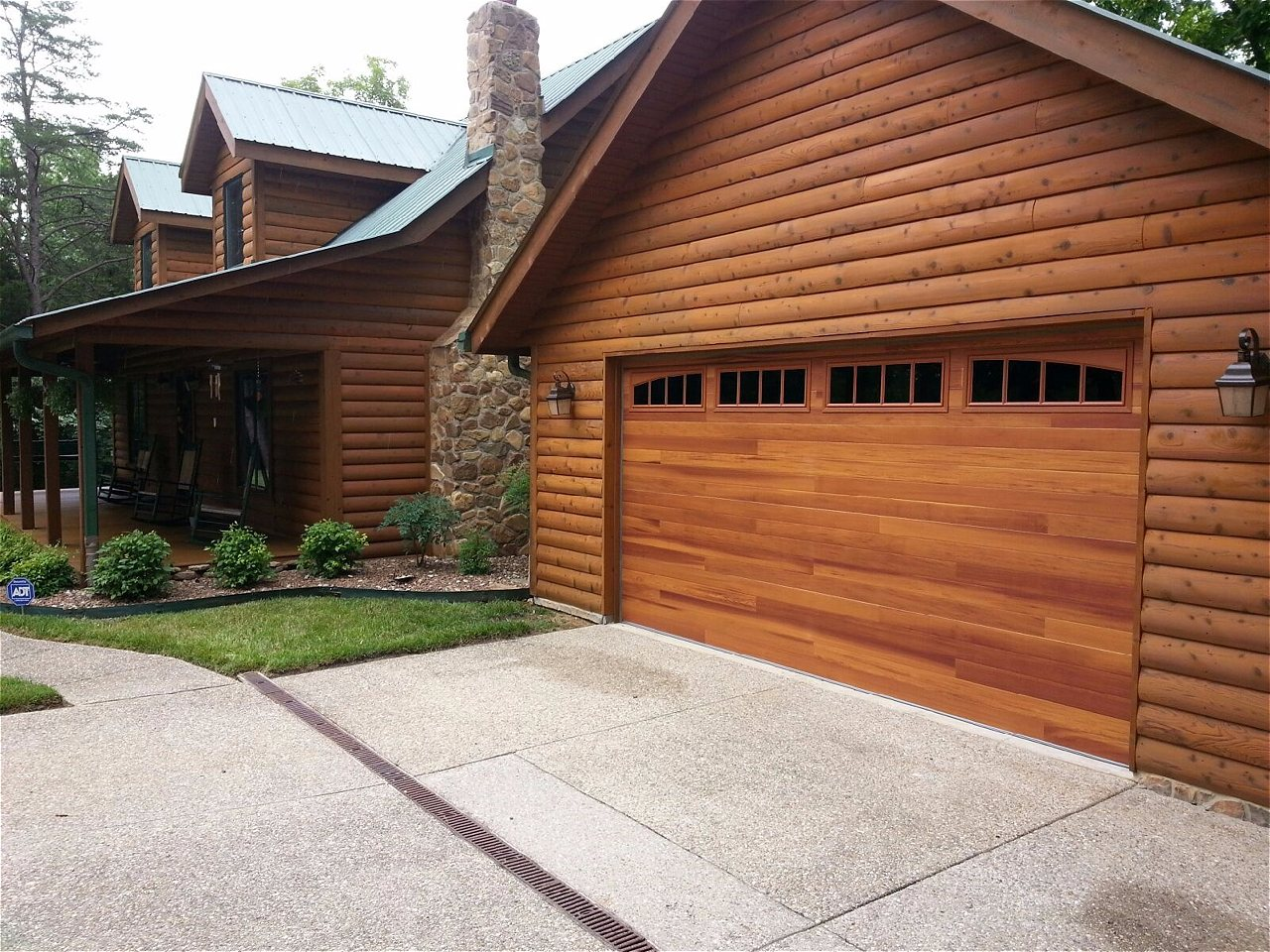 Transform Your Home With The Warmth And Appeal Of A CHI Accents Planks U0026  Woodtones Garage Door. Choose From Four Rich And Exquisite Hues That Fit  Flawlessly ...
