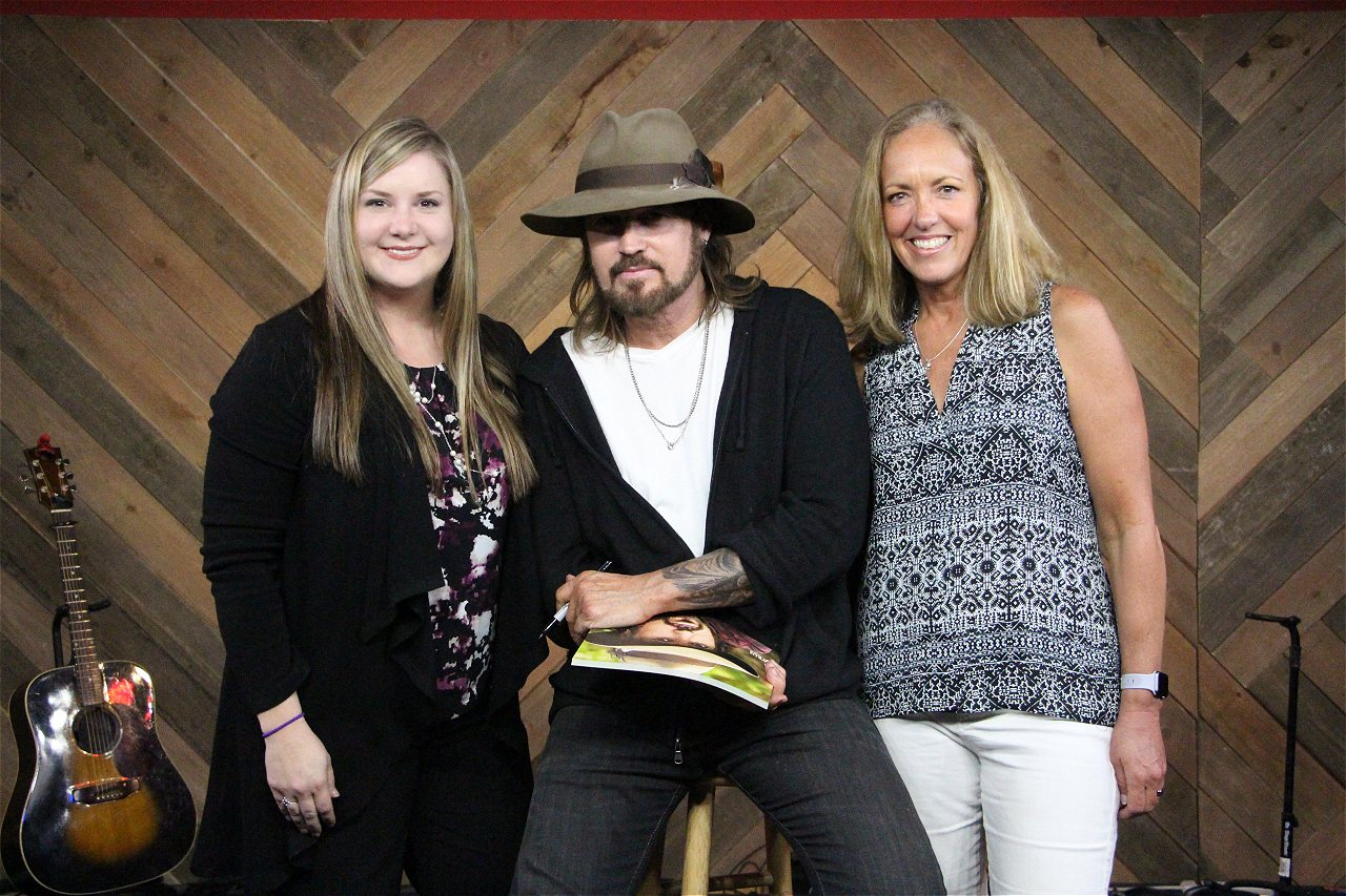 Photos Billy Ray Cyrus Meet And Greet Web Girl 979 Is The Big 98